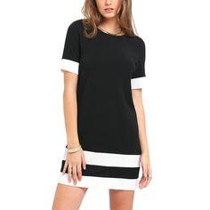 Vestido casual preto e branco com gola e manga curta