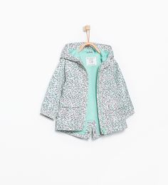 Image 1 of Printed raincoat with hood from Zara Baby Raincoat, Girls Raincoat, Raincoat Outfit, Green Raincoat, Hooded Raincoat, Baby Outfits, Kids Outfits Girls, Fashion Kids, Little Girl Fashion