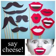 Say cheese! Wąsy i usta na patykach - Atrakcje