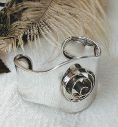Vintage Mexico Unique Sterling Silver Spiral Cuff Bracelet – One of a Kind Hard to Find Sterling Silver Cuff Bracelet, Bracelet Making, Spiral, Silver Rings, Mexico, Gemstones, Bracelets, Unique, Vintage Bracelet
