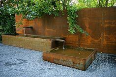 I adore Corten!>>>Corten steel fountain in modern garden Landscape Architecture, Landscape Design, Architecture Design, Corten Steel, Steel Fence, Steel Retaining Wall, Water Features In The Garden, Modern Landscaping, Water Garden