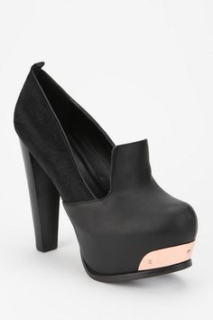 I think all my fall shoes will have some metal plating on them for sure ... so obsessed!