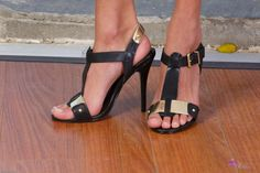 Janice Griffith's Feet << wikiFeet