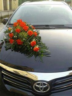 Gesteck Wedding Car Decorations, Flower Decorations, Weddings, Flowers, Flower Arrangements, Cars, Wedding Decoration, Wedding Flower Arrangements, Floral Decorations