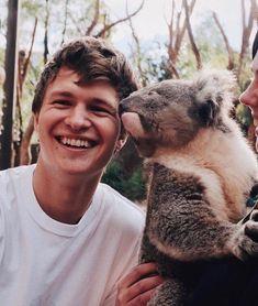 Even koalas love him the man is irresistible!!!