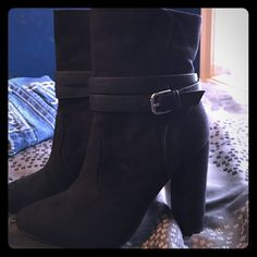 Just Fab Black Heel Booties Never worn! Like brand new except no tags. OPEN TO ALL OFFERS THROUGH THE OFFER BUTTON..❤️ JustFab Shoes Heeled Boots