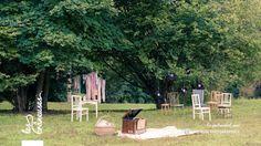 Mariage rétro champêtre. Décoration extérieure. ©Les crâneuses, wedding planner & designer.