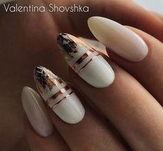 50 Gorgeous White Nail Art Design Beauty Life Tips Nägel ideen White Nail Art, White Nails, Stylish Nails, Trendy Nails, Hair And Nails, My Nails, Cute Acrylic Nails, Foil Nails, Foil Nail Art