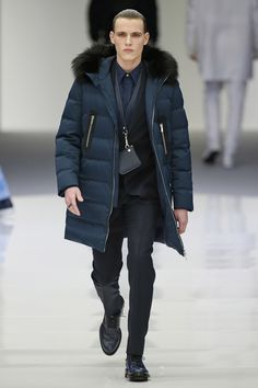 Versace   Menswear - Autumn 2016   Look 28