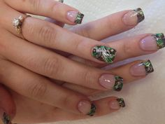 Oh lordy! I will get my nails done like this one day!