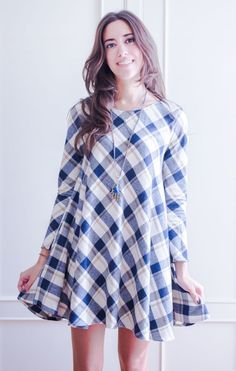 Sewing School, Sewing Projects For Beginners, Sport Casual, Gray Dress, Diy Clothes, Shirt Dress, Hair Styles, Womens Fashion, Outfits