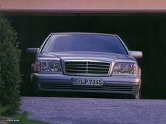 Mercedes W140 S-Class