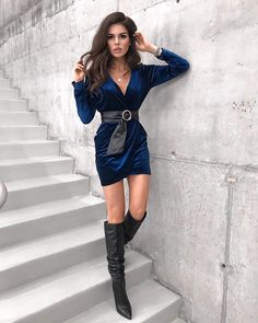 Winter clubbing outfit Club Outfits, Girl Outfits, Cute Shoes Heels, Clubbing Outfits, Night Out Outfit, Going Out Outfits, Winter Outfits, What To Wear, Leather Skirt