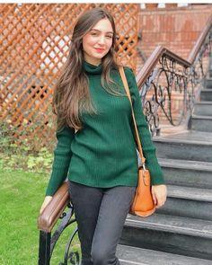 Pakistani Girl, Muslim Girls, Fair Skin, Celebs, Celebrities, Celebrity Feet, How To Look Better, Turtle Neck, Pretty