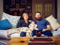 A Day in The Life on Ben and Erin Napier Home Town Hgtv, Erin Napier, Craftsman Cottage, Craftsman Bungalows, Hgtv Shows, Hgtv Star, Open Door Policy, Long Time Friends, Creative