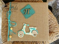 Βιβλίο ευχών με θέμα vespa Vespa, Christening, Birthdays, Baby Boy, Baby Shower, Scrapbook, Pattern, Baptism Ideas, Bags