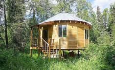 Interested in living in round homes or yurts? We strive to create high quality, beautiful, unique round homes so that you too can live in the round. Round House Plans, New House Plans, Yurt Living, Tiny Living, Small Buildings, Modern Buildings, Wooden Yurts, Yurt Kits, Galvanized Metal Roof