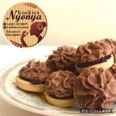 Apit coklat blackforest. Order via wa: 081 737 8079