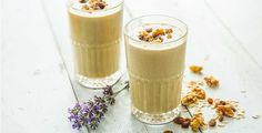 Turn the classic oatmeal cookie baking recipe into a protein packed morning breakfast smoothie. Oatmeal Cookie Smoothie, Protein Oatmeal, Oatmeal Smoothies, Oatmeal Cookies, Fruit Smoothies, Healthy Smoothies, Simple Smoothies, Healthy Breakfasts, Breakfast Smoothies