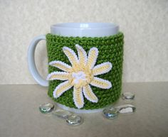 Cup cozies are a fun way to give a new look to your favorite cup! Also they make fabulous gifts.