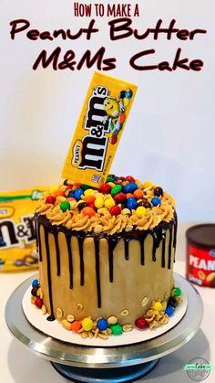 Cake Decorating Frosting, Cake Decorating Videos, Cake Decorating Techniques, Chocolate Cake Designs, Cake Chocolate, Chocolate Drip Cake Birthday, Chocolate Filled Cake Recipe, Chocolate Explosion Cake, White Chocolate Desserts
