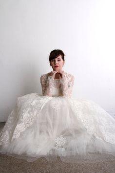 1950s Wedding Dress . Vintage Bridal Gown & Veil  . Mid Century Bride on Etsy, $525.00