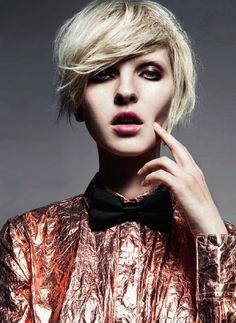 When did women that actually look like women go out of style? Tired of the androgyny stuff.