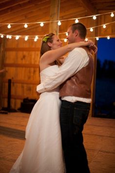 25 Of The Best Country Wedding First Dance Songs