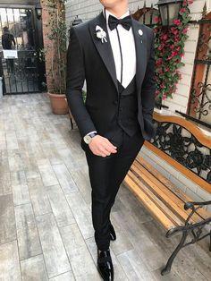 Piomo All Black Tuxedo (Wedding Special) – MenSuitsPage All Black Tuxedo, Black Tuxedo Wedding, Black Suit Men, Black Suit Groom, Formal Tuxedo, Navy Blue Suit, Formal Suits, Wedding Suit Styles, Wedding Dress Men