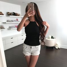 """Super essential halter top, perfect for the summer and fall! Length: 18"""" / 46cm Pit to pit: 13"""" / 33cm Bust: 28-34"""" / 71-86cm Note: Non-adjustable straps Material: Cotton Feel: Soft, sturdy and stretc"""