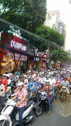 TIPS JUALAN: EXPLORASI HO CHI MINH - PATUTLAH ORANG KITA SUKA
