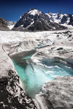 Sur la mer de glace II, Landscape / Nature