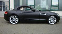 Vollverklebung Cam-Shaft BMW Z4 sDrive 3.0i E89 matt-schwarz Bmw Z3, Bmw Z4 Roadster, Autos Bmw, Tuner Cars, Bmw Cars, Car Car, Cars And Motorcycles, Muscle Cars, Luxury Cars