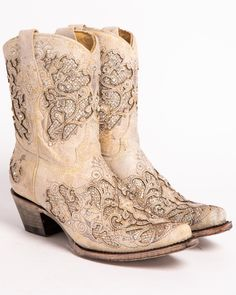 Corral Women's Metallic Glitter Inlay & Crystal Boots – Snip Toe Corral Women's Metallic Glitter Inlay & Crystal Boots – Snip Toe, White Bride Boots, Wedding Boots, Corral Boots Womens, Rain Boots, Shoe Boots, Ankle Boots, Country Fashion, Casual Boots, High Heels Stilettos