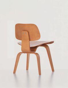 Vitra | Produkt: Plywood Group