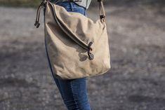 Canvastaschen - LEUCHTFEUER: Schultertasche, Umhängetasche   Khaki - ein Designerstück von Leuchtfeuerbags bei DaWanda