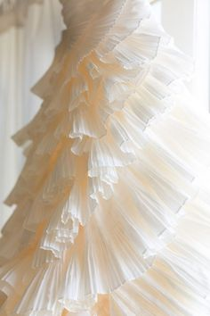 Epic Ruffled Wedding Dress from Wtoo by Watters | Dana Cubbage Photography | See More! http://heyweddinglady.com/fabulous-architectural-details-wedding-dress/