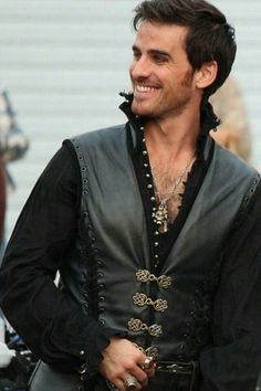 Captain Hook / Killian Jones (Colin O'Donoghue) - Once Upon A Time To bad he is already married or I would hunt him down like a pirate hunts his treasure lol🖤 Killian Jones, Killian Hook, Captain Hook Ouat, Colin O'donoghue, Once Upon A Time, Camisa Do Star Wars, Hunger Games, Beautiful Men, Beautiful People