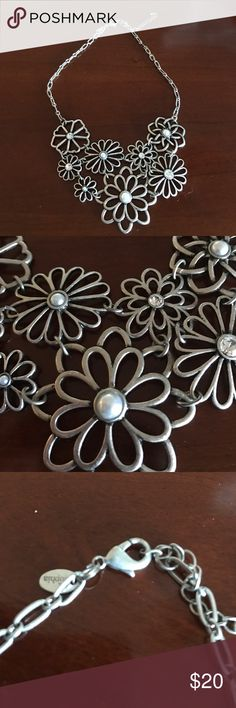 NWOT Lia Sophia floral / pearl necklace Really cute!  Just have too many necklaces!! Lia Sophia Jewelry Necklaces