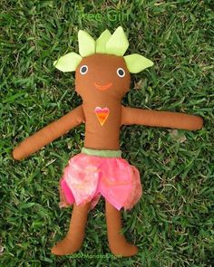 ©2007MarianaOppel- @marianaoppel #tbt #treegirl from my #talesfromtheforest and #thelovefruit #stories . I used to make these #handmade #dolls and other characters from my #rainforest #world. #greenman #treegirl #creatures #naturespirits #nature #naturaleza #natureza #bosquetropical...