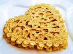 Lace Pancake using a squirt bottle
