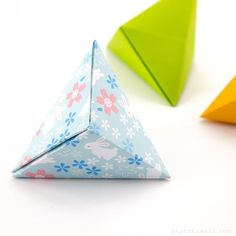 Origami Tripyramid Box designed by David Donahue sheet of square paper no glue Paper is from my printable origami papers bunnies pattern origami origamibox diy paperfolding paperkawaii