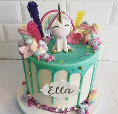 ♥ these mini potted cactus cakes ♥ ♥ these unicorn cakes ♥ ♥ these amazing puppy portrait tattoos ♥ ♥ this pretty creation. Pretty Cakes, Beautiful Cakes, Amazing Cakes, Cupcakes, Cupcake Cakes, Baby Cakes, Fete Emma, Birthday Cake Girls, Drip Cakes