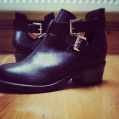schuh Chill Out black boots