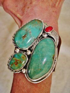 .Unusual bracelet - love it!