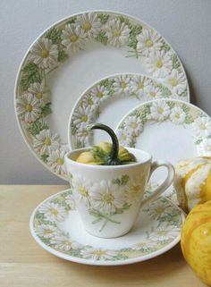 sculptured daisy starter set metlox pottery by ionesAttic on Etsy Our favorite vintage ware; my mom's dinnerware Daisy Hill, Daisy Love, China Patterns, High Tea, Cup And Saucer, Tea Time, Dinnerware, Tea Party, Tea Cups