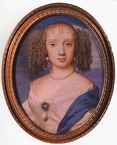 1- Henriette Anne- § HENRIETTE-ANNE D'ANGLETERRE: Henriette Anne (16 juin 1644, Exeter, Angleterre- 30 juin 1670, château de St-Cloud) appelée Henriette Anne Stuart, en anglais Henrietta Anne Struart of England, fille du roi Charles 1° d'Angleterre et d'Ecosse et de la reine Henriette Marie de France, est donc la petite fille d'Henri IV, la nièce de Louis XIII et la cousine germaine de Louis XIV. Stuart par son père et Bourbon par sa mère, la princesse est donc doublement de sang royal.