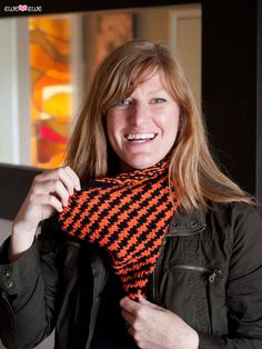 What are you going to wear for Trick-or-Treat? This cowl! The Halloween  Houndstooth cowl is a quick knit using the perfect two colors of Baa Baa  Bulky yarn. This generous cowl will keep you looking festive and staying  warm while you're handing out candy or taking that little cutie around the