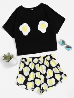 Shop Fried Egg Print Top With Shorts Pajama Set online. SheIn offers Fried Egg Print Top With Shorts Pajama Set & more to fit your fashionable needs. Cute Pajama Sets, Cute Pjs, Cute Pajamas, Pyjama Sets, Pajama Outfits, Pajama Shorts, Cute Lazy Outfits, Cool Outfits, Cute Sleepwear