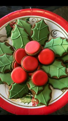 Here are the best Christmas Cookies decorations ideas for your inspiration. These Christmas Sugar Cookies decorated with royal icing are cutest desserts. Christmas Sugar Cookies, Christmas Sweets, Christmas Cooking, Noel Christmas, Christmas Goodies, Holiday Cookies, Holiday Baking, Christmas Desserts, Holiday Treats